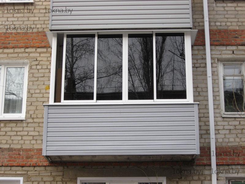 Балкон остекленный алюминиевыми рамами