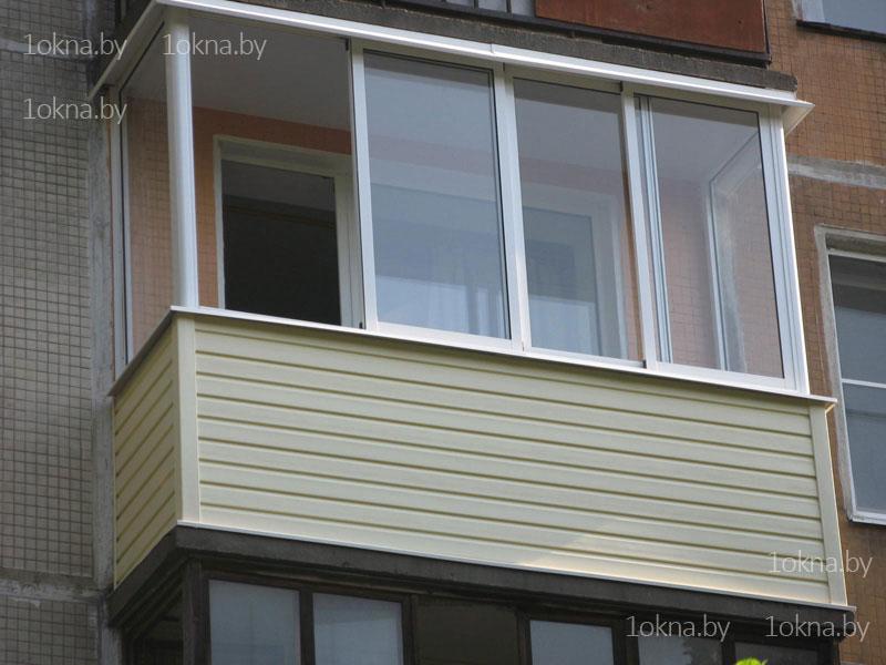 Обычный алюминиевый балкон